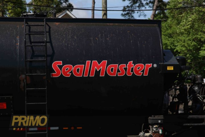 sealmaster sealcoating machine